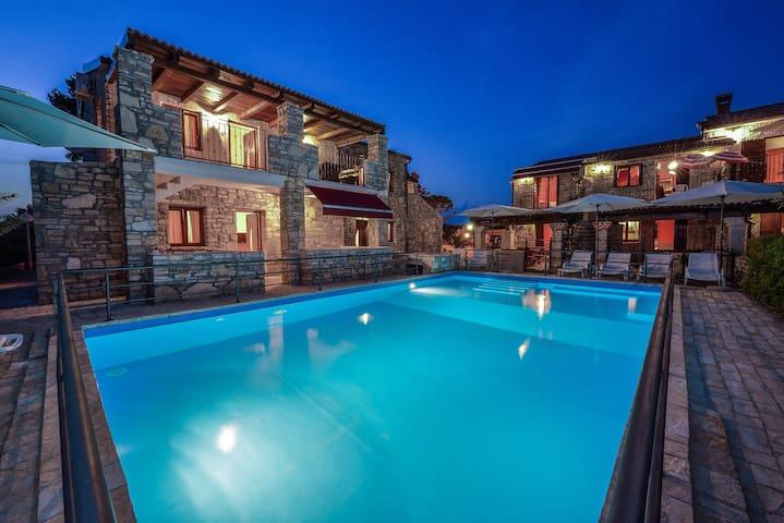 Steinhaus mit Pool-Vir, Zadar - Vir - Pis