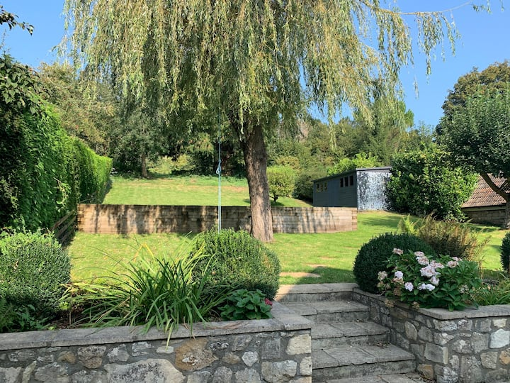Stunning home near Bath - a stylish oasis of calm