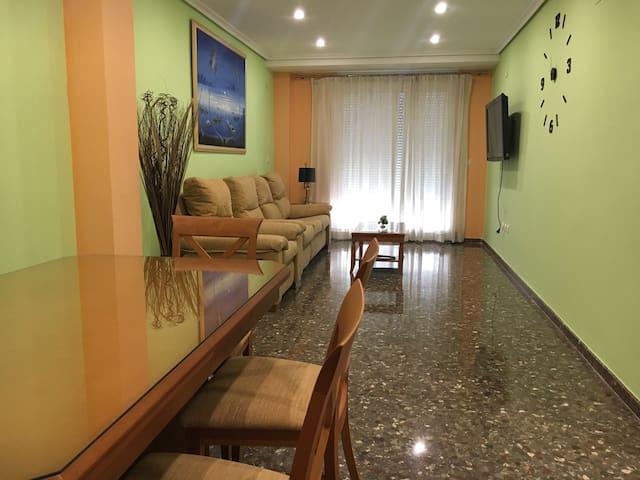 MAGNIFICO PISO CON  PARKING - Valencia - Lägenhet