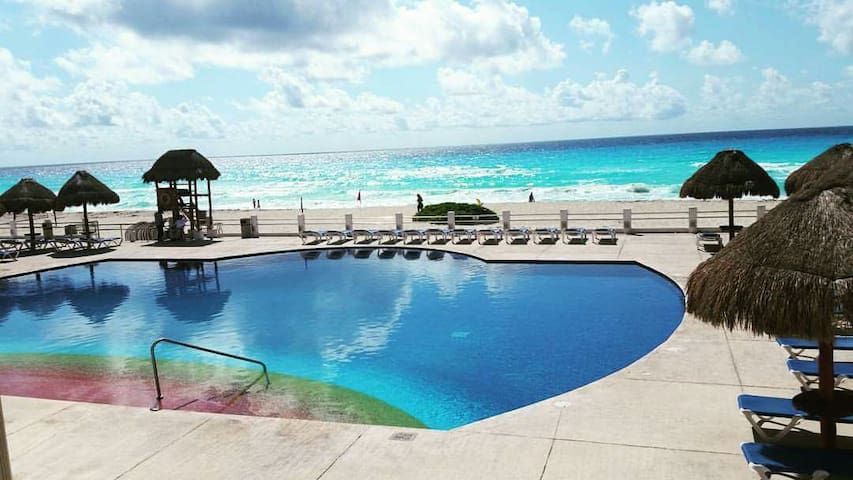 Camilo's Luxury Shared Townhouse - Cancún - Appartement