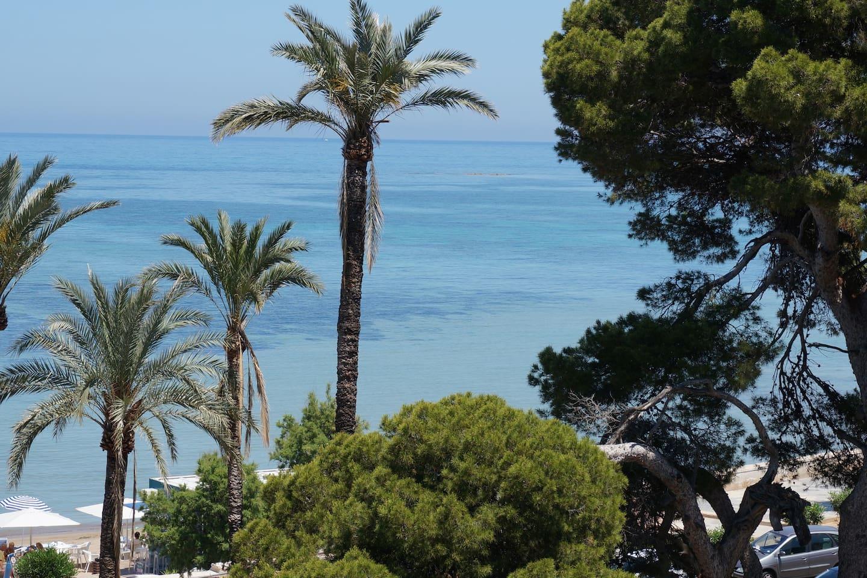 Vistas desde terraza mar.