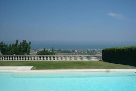 Belvedere House - Villa Rosa - Casa