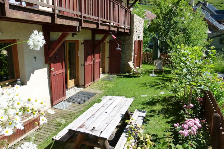 appartement de 110 M², situation  exceptionnelle - Le Monêtier-les-Bains - Apartamento