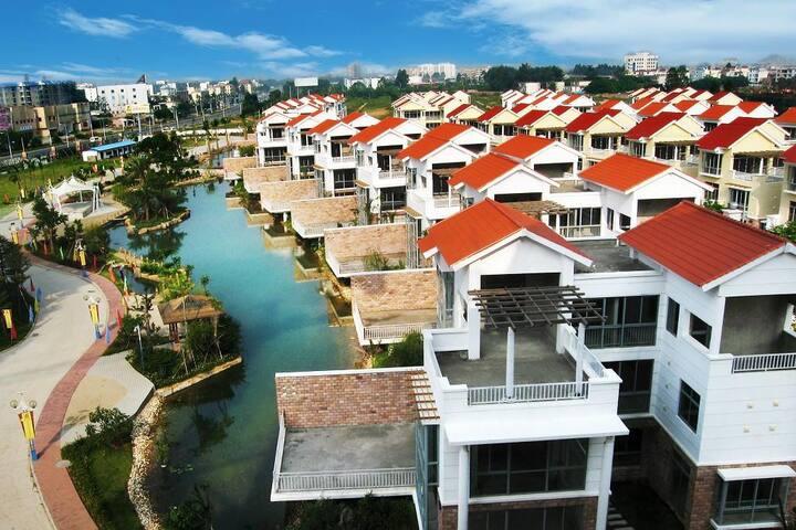 万泉城55栋别墅(单间)近海边涠洲岛码头 - Beihai - Villa