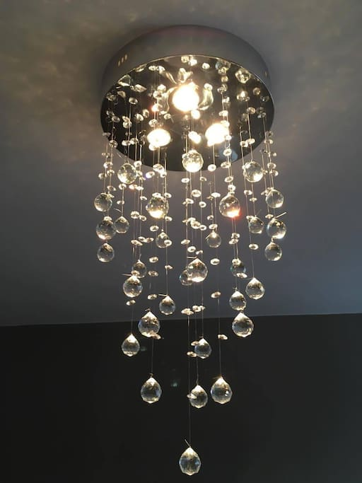 Very chic lustre, you will feel in a 4 stars hotel.