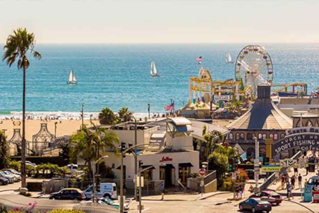 Santa Monica Pier 10 min drive