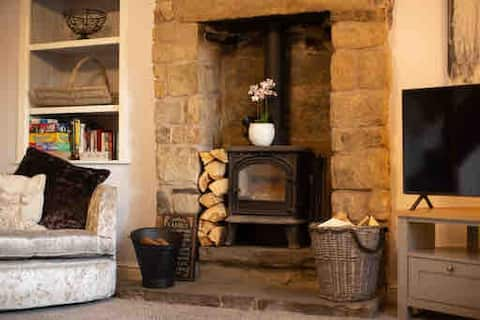 Charming country cottage in an idyllic location