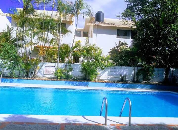 Apartamento de playa con 2 dormitorios y piscina