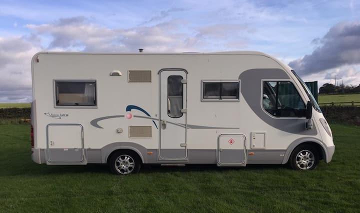 Yorkshire Camper Hire - Motorhome 4 berth