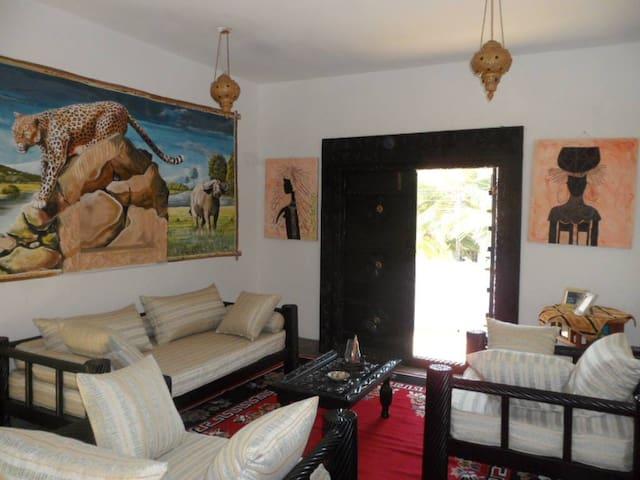 Sunbay Holidays villa Europa room