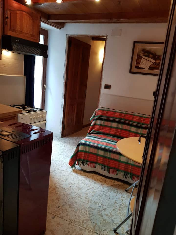 At the center of Limone, Nice 1-bedroom apparteme