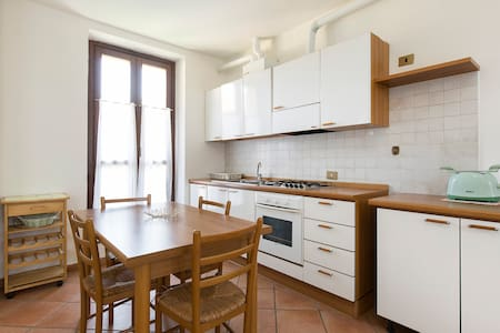 Quiet & cozy flat in Ticino Park close to Malpensa - Robecchetto Con Induno
