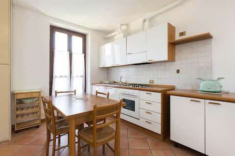 Quiet & cozy flat in Ticino Park wifi close to MXP