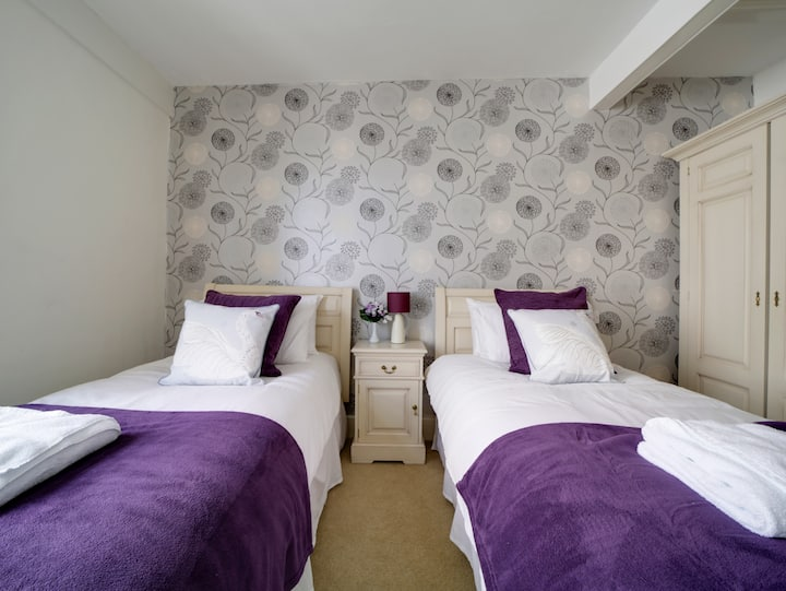 Twin Room en suite | The Swan Hotel