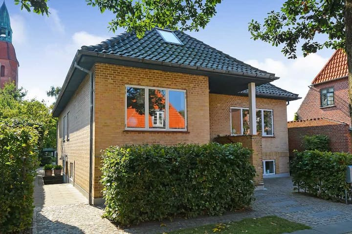 Cosy villa in the heart of Esbjerg!