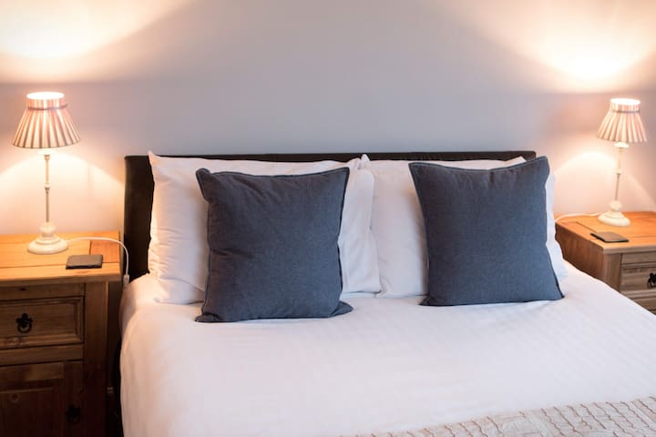 Millview Private Room 3 Double/Triple Ullapool