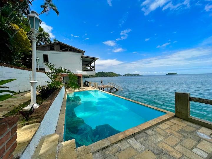 Coast House in Tropical Island