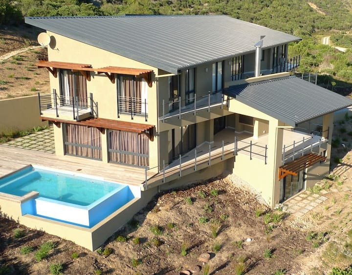 Luxurious Home in Pezula Private Estate