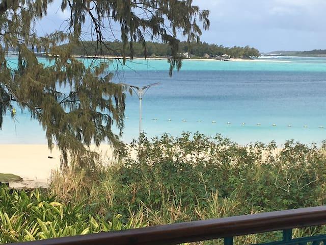 Villa Bella - Blue Bay: 2 bedrooms, Sleeps 4.