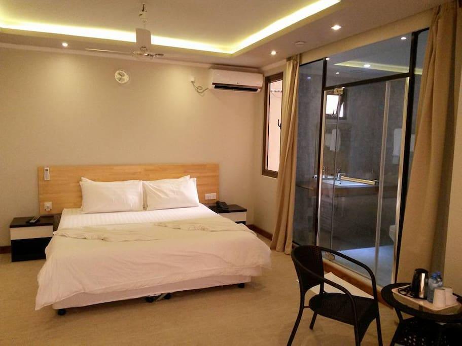 Room 7755545