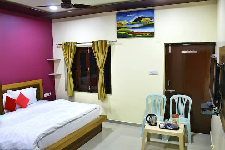 Arbudanchal View, (Double Occupancy) Homestay