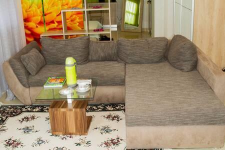 LOME APPARTEMENTS NGUELE: CONFORT A PRIX D AFRIQUE - Lomé - Appartement