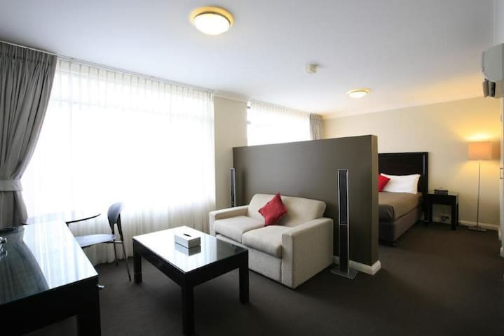 Firstclass Room Deluxe Two Double Beds At Narrabeen