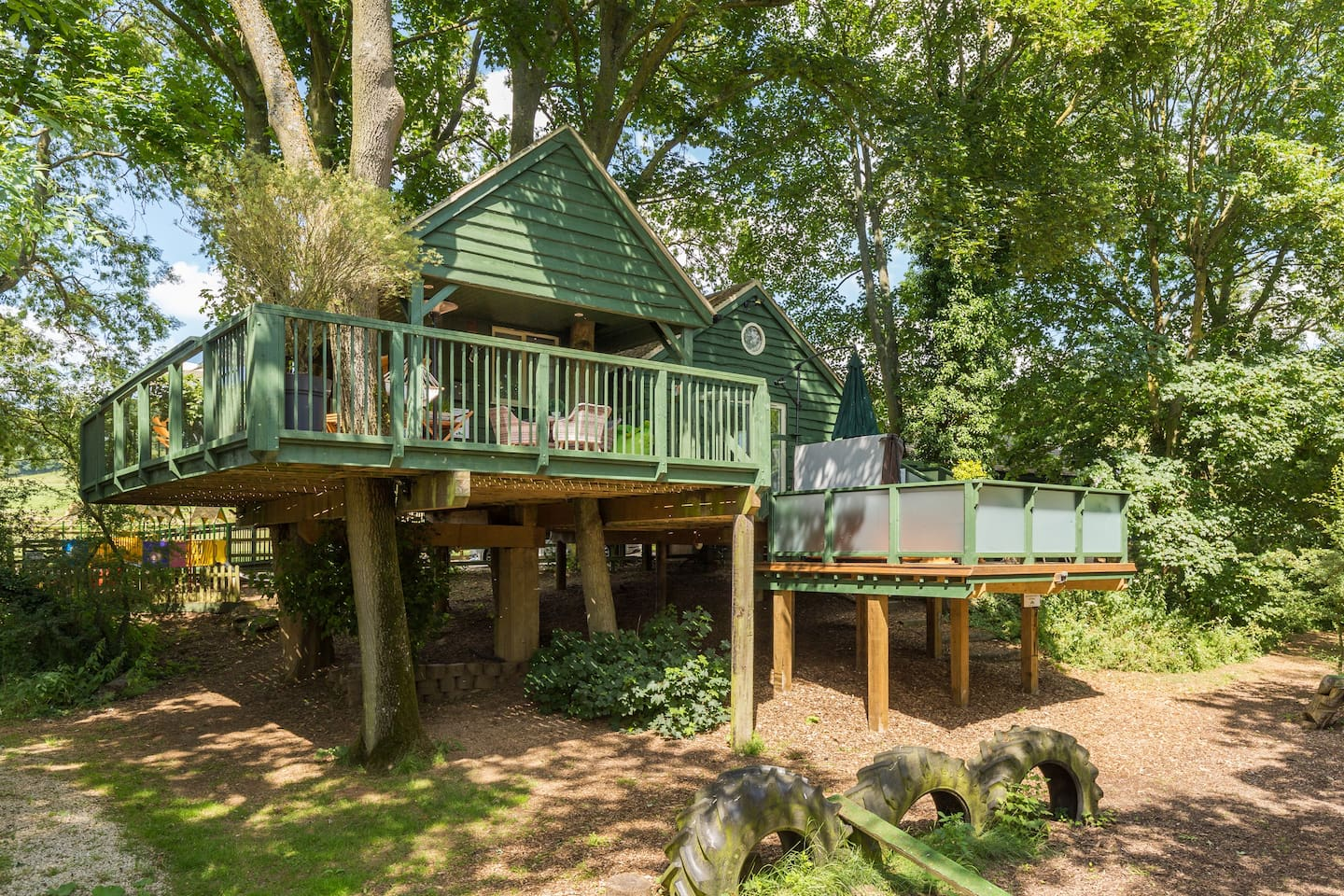 Will's Tree House at Winchcombe Farm in Upper Tysoe, Warwickshire