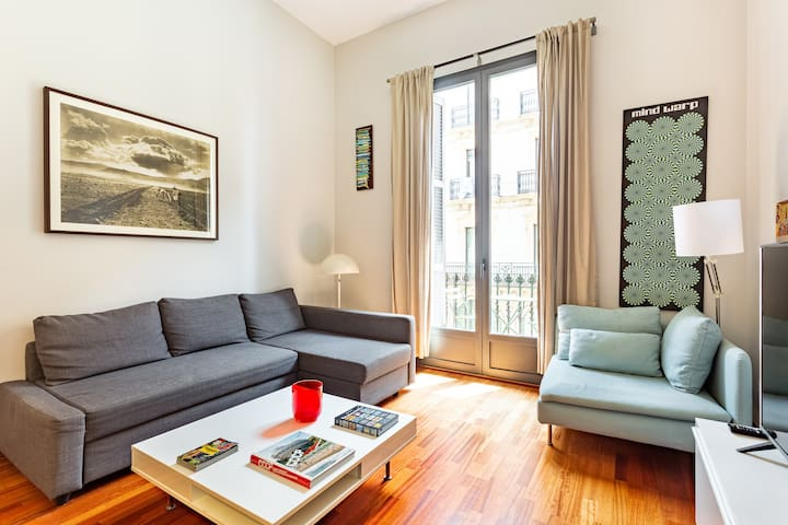 Apartment in El Born next to Ciutadella park