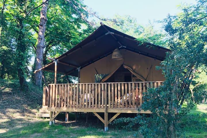 Glamping et insolite, Safari Lodge en Ardèche