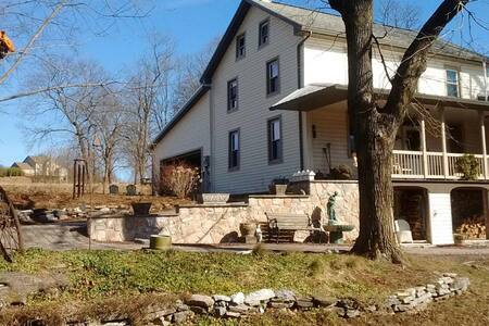 Honey Bunny Farmhouse - Harrisburg - Dům