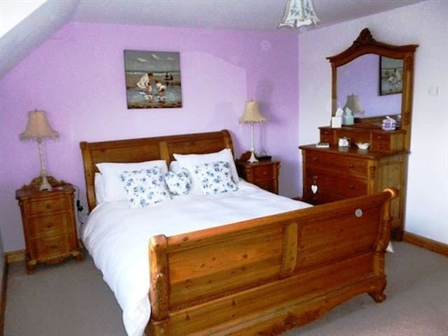 Double room-Ensuite-Lilac