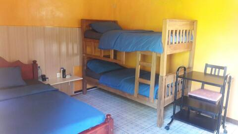 Low budget gate hse WITH THREE BEDS