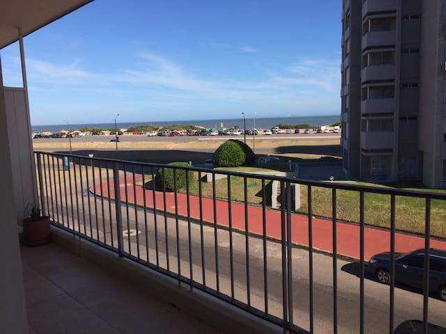 Apartment in front of Brava Beach - beautiful view