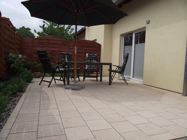 Gemütliche ruhige Ferienwohnung ca 800m zum Strand - Koserow - Apartamento
