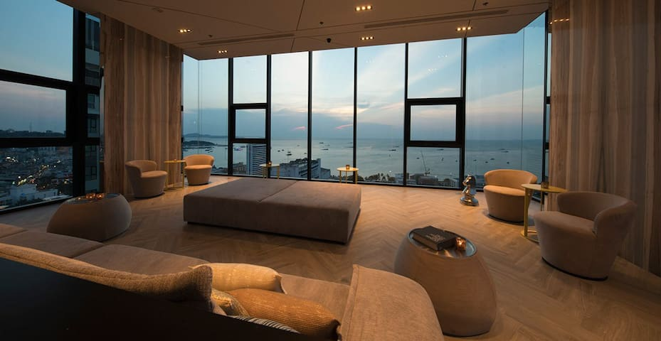 The Base Central Pattaya 2Bedroom SeaView