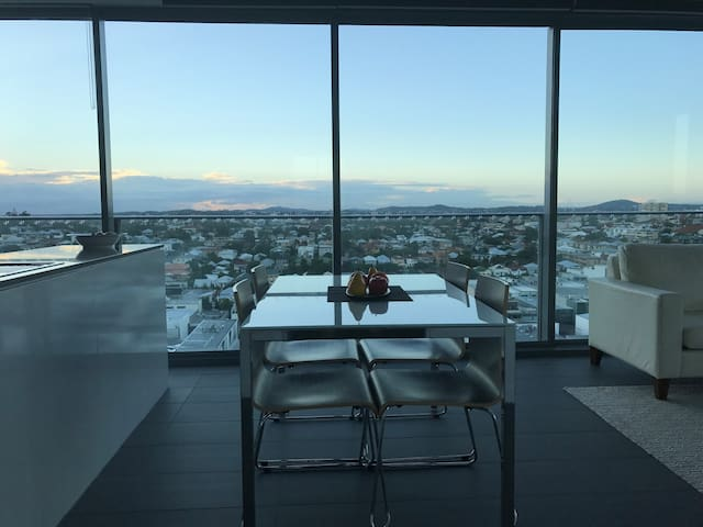 Relaxing, modern, friendly – Vista in the Valley. - Fortitude Valley - Daire