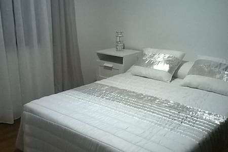 Room for rent near Fatima- visit of the Pope - Alcobaça - Casa