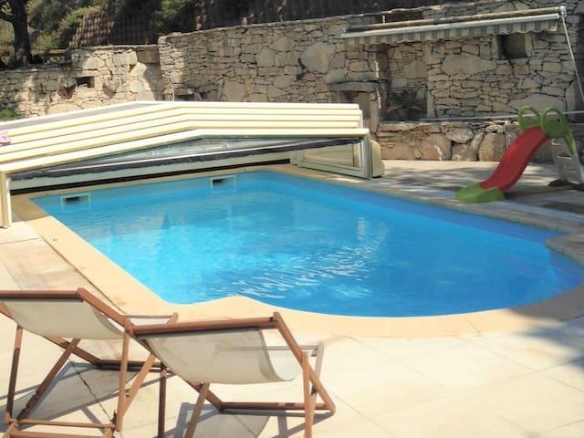 40m² studio with pool access - Fuveau - Wohnung