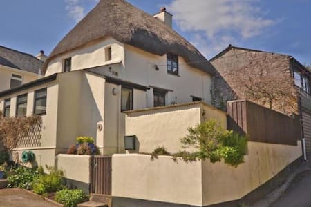 Grade2 listed Thatched Cottage - Stokenham - Casa