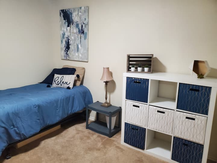 Welcoming home for all guests, twin bed