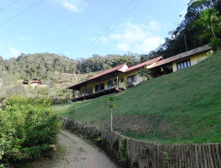 Sua casa na montanha
