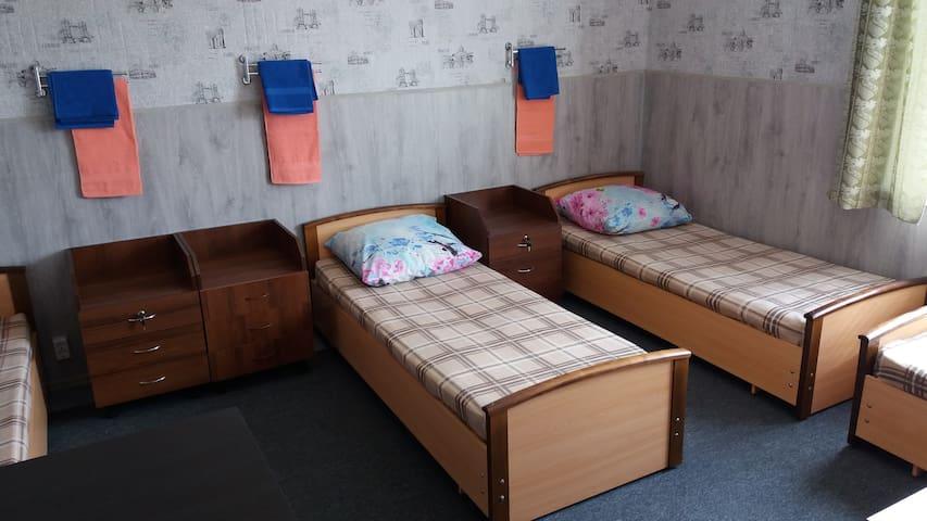 Отдельная комната по 350 руб.с человека за ночь