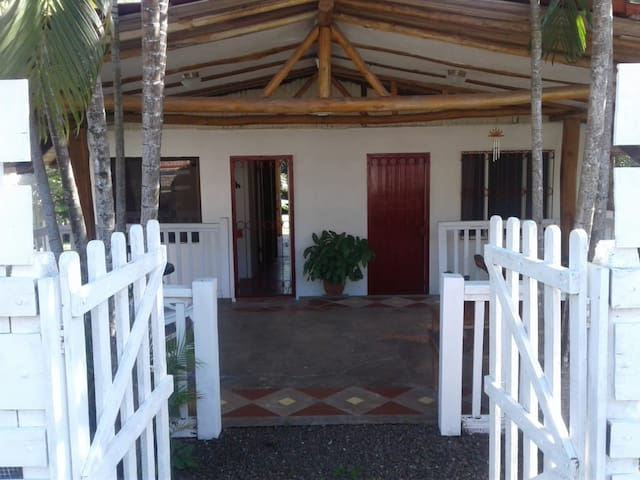 Casa El Sandal 3 min. drive to the beach.