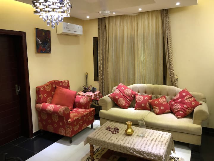 Beautiful furnished apartment made for you.