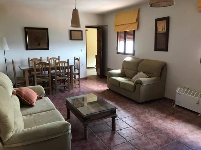 Casa del Maestro II, estancia rural en Segura