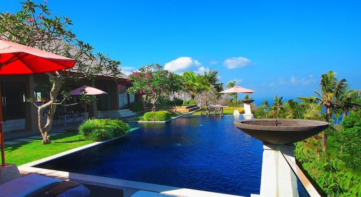 2BR villa with Ocean View (sharing pool & kitchen)