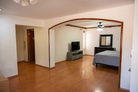 12) Suite grande  para 4 personas (con factura)