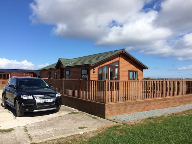 Clean, spacious lodges, 3 miles from Tain - Fearn - Alpstuga