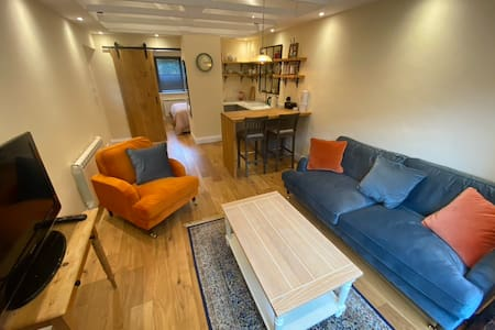 Newly renovated Studio annexe